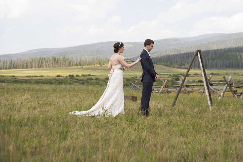 Collen + Matthew's chic Colorado mountain wedding