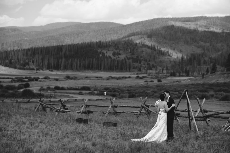 Colorado mountain wedding at Devil's Thumb Ranch