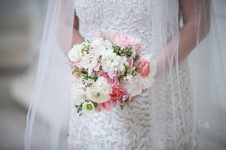 Denver wedding flowers | via The Brown Palace Hotel